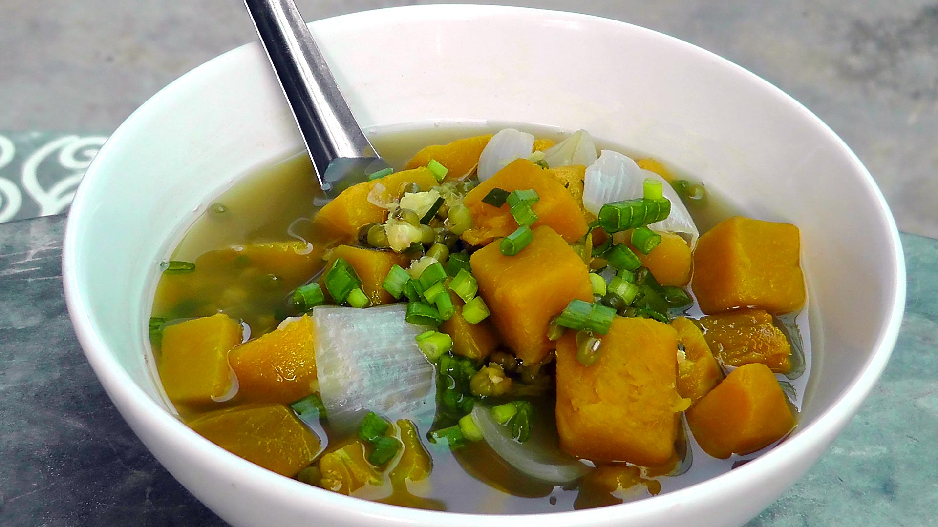 vegan-vegetarian-vietnamese-pumpkin-soup-recipe