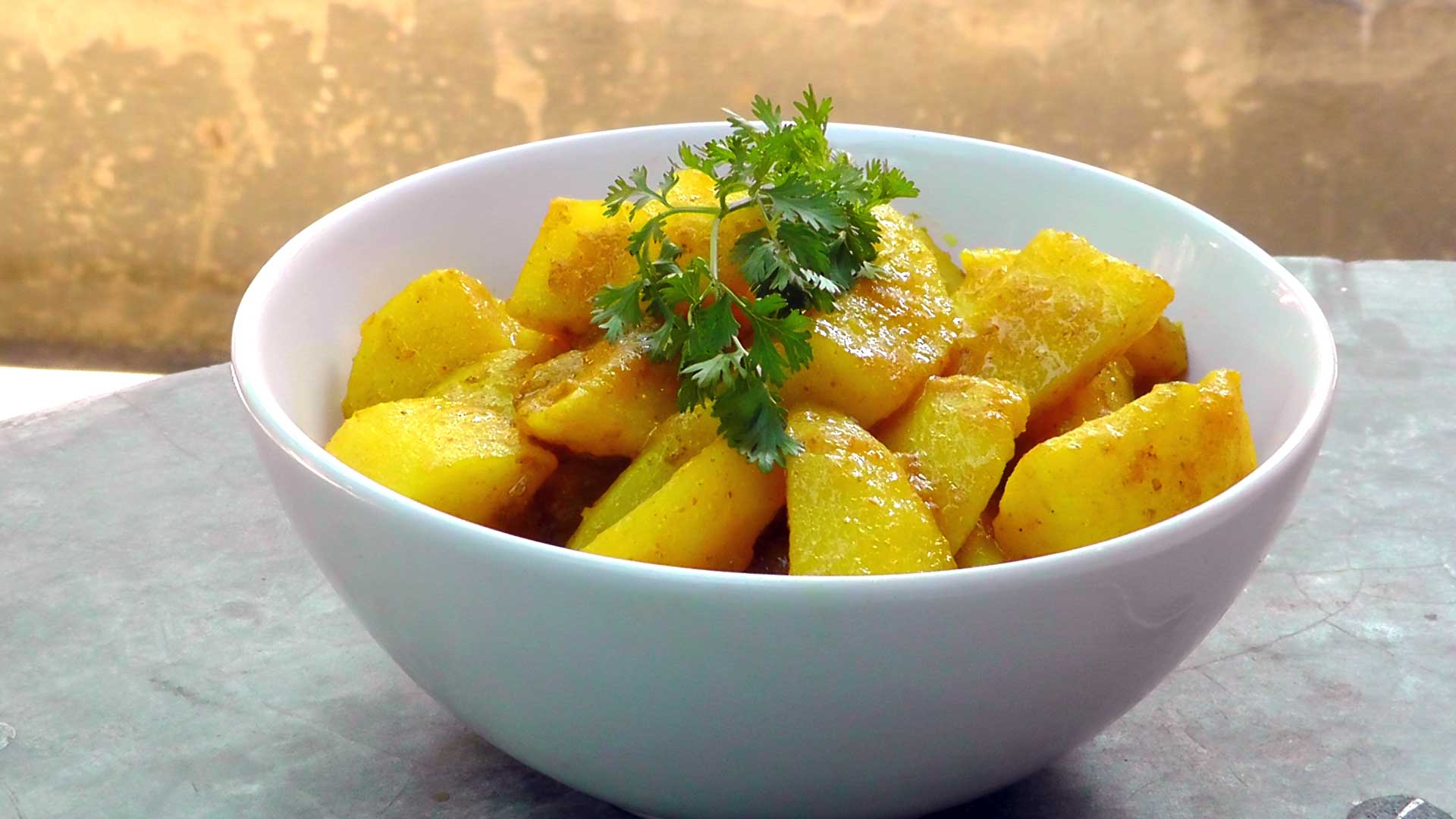 vegetarian-burmese-potato-curry-recipe