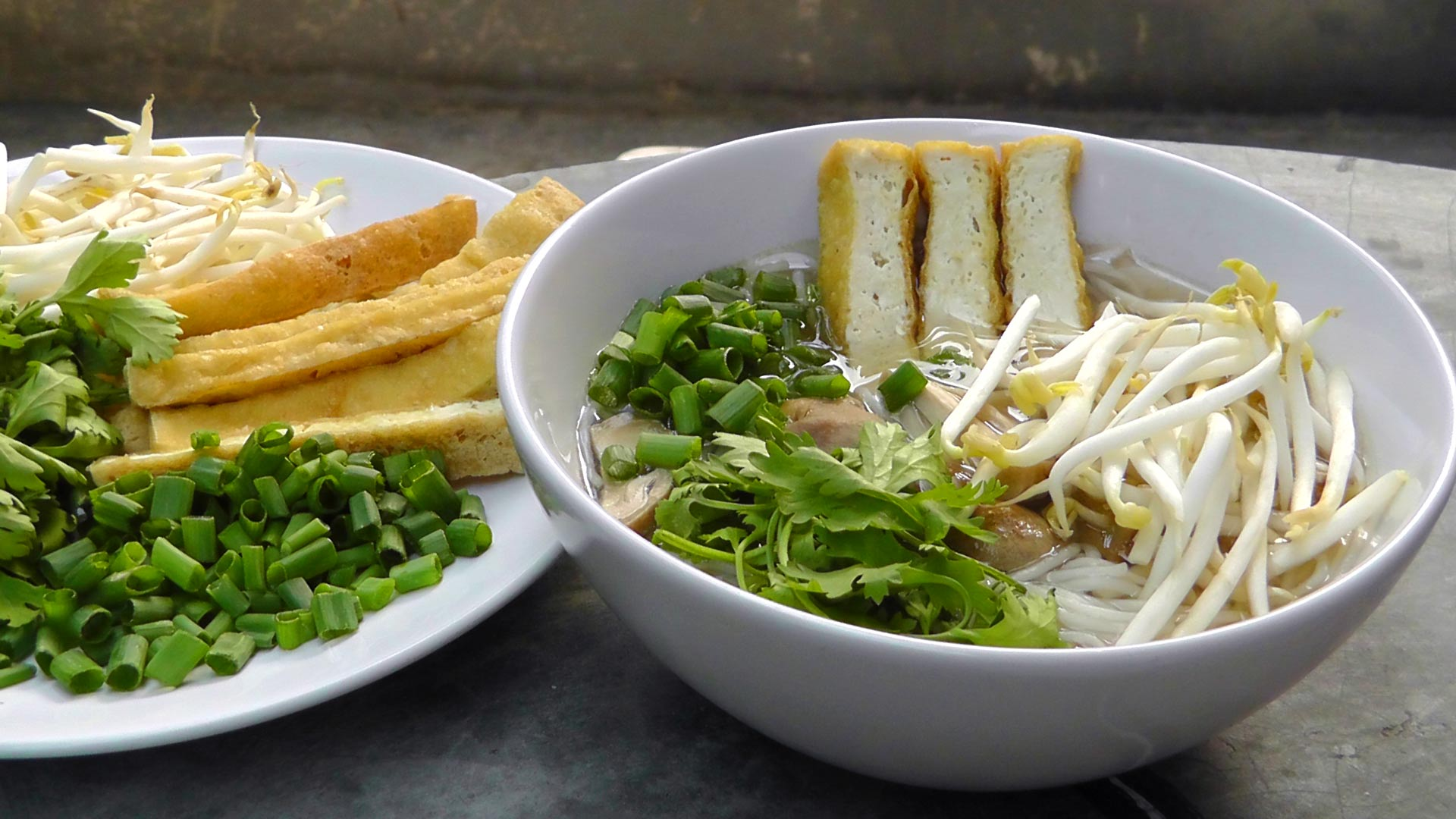 Vietnamese Pho Noodle Soup – International Vegan