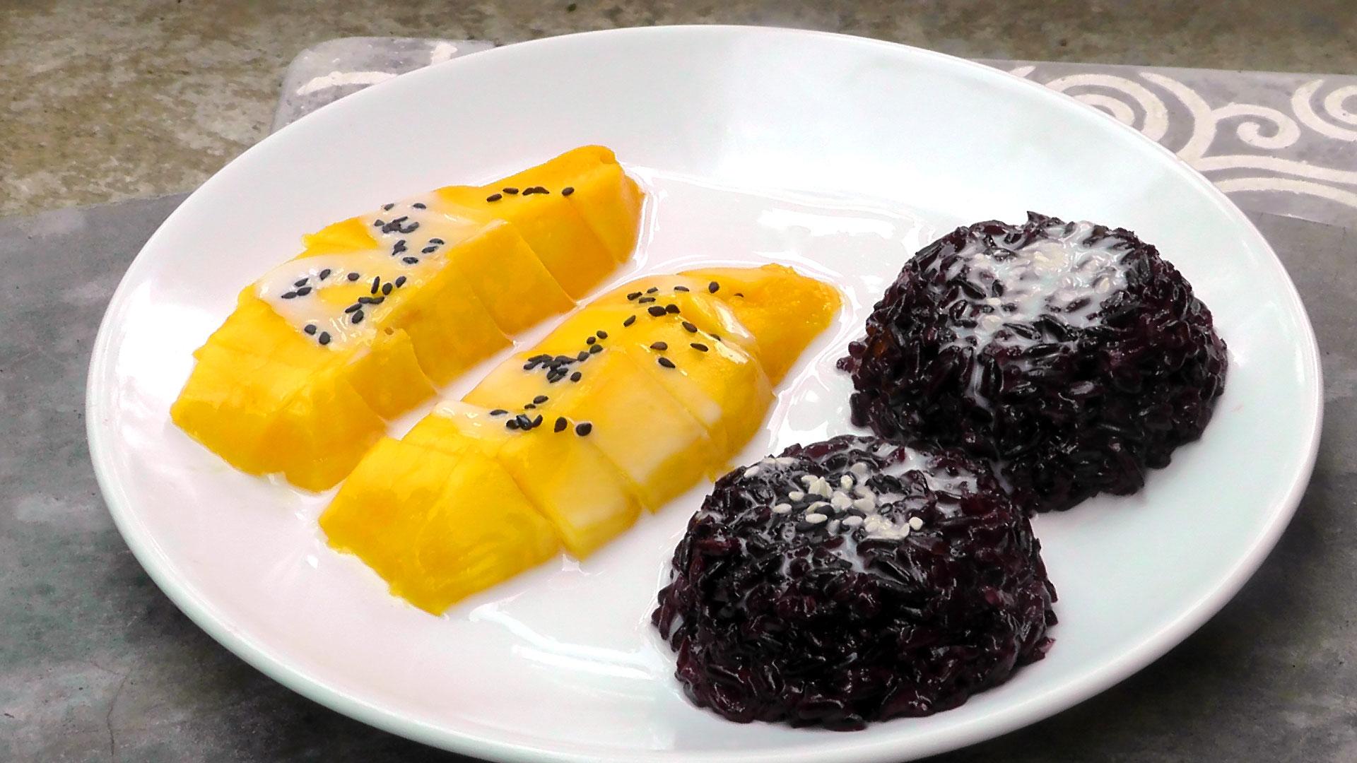 mango-black-sticky-rice