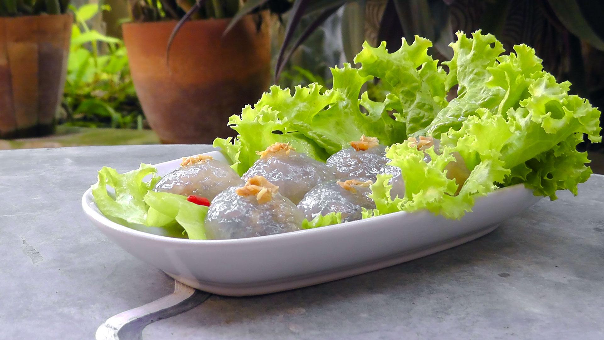 thai-filled-tapioca-sago-balls