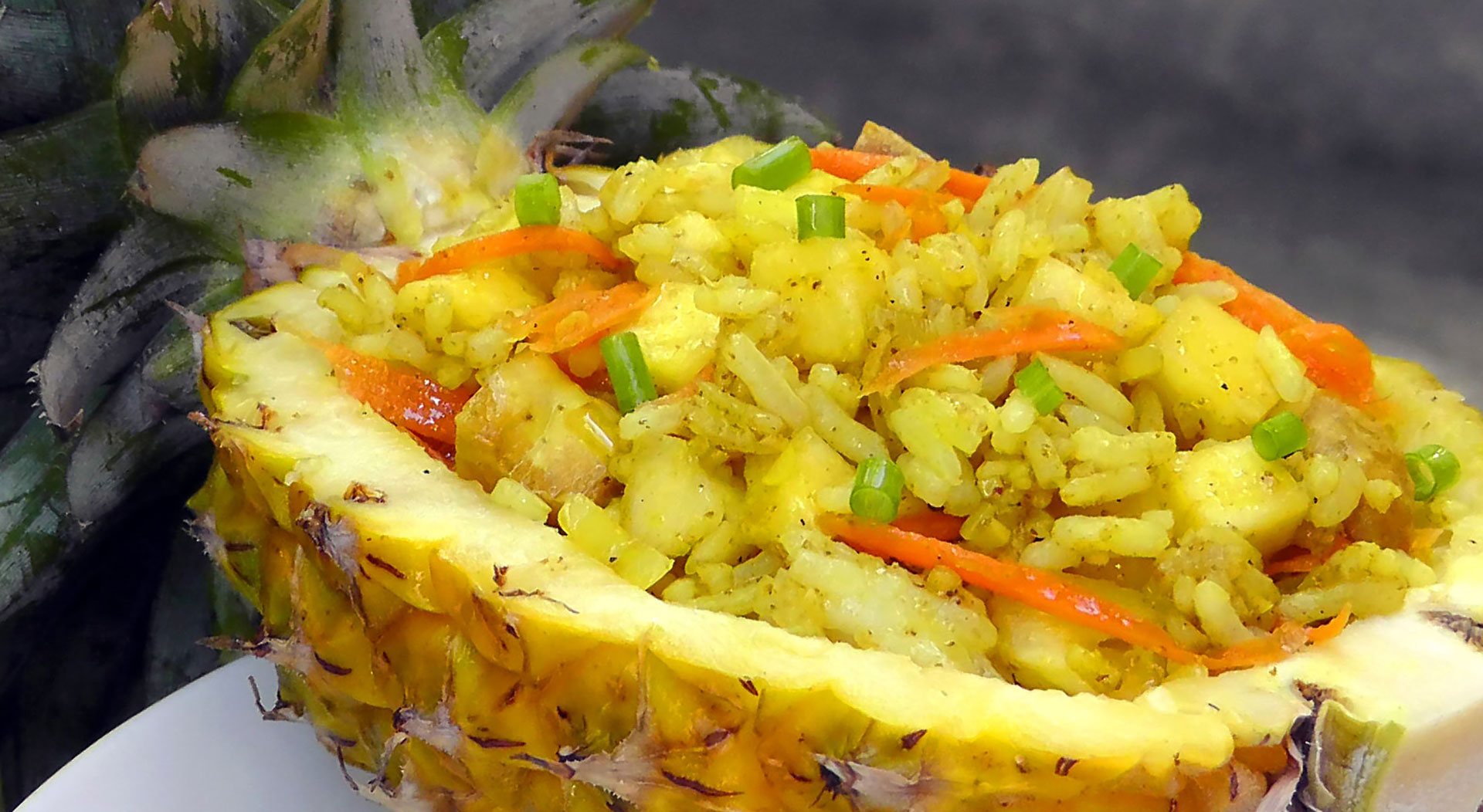 thai-fried-pineapple-rice-vegetarian