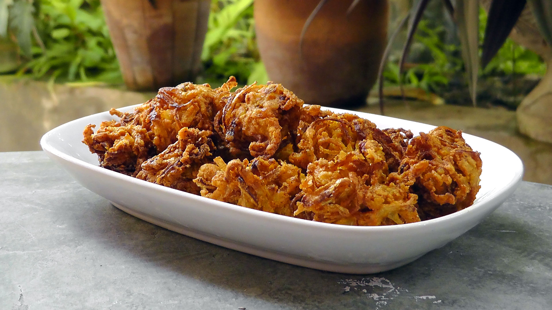 indian-onion-bhaji